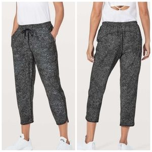Lululemon Keep It Classic Crops in White Noise 4
